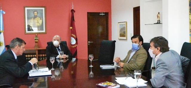 Cornejo y Sáenz quieren efectivizar cobro de multas para desalentar infracciones sanitarias
