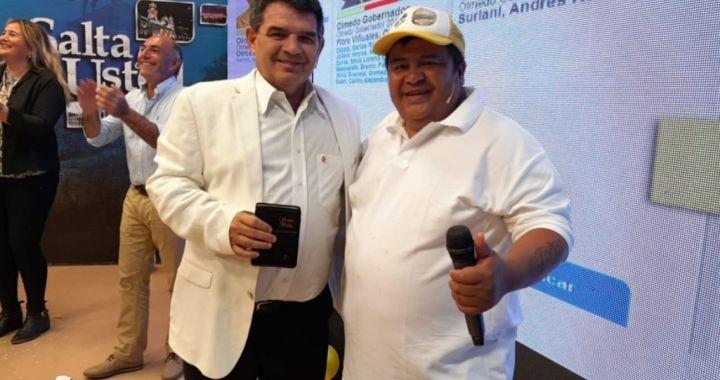 Tras ser condenado por robo, «Chuky» Flores renuncia a su cargo de Concejal