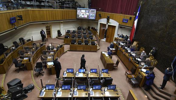 Senado de Chile aprueba aplazar las elecciones por la pandemia