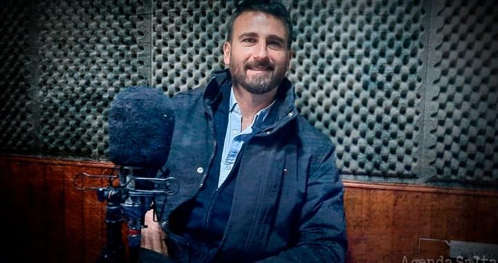 A lo Romero: Juan Esteban promueve el ajuste público y que el Estado pague salarios privados