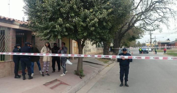 Fallece la mujer atacada en B° El Tribuno: el presunto femicida fue hallado sin vida