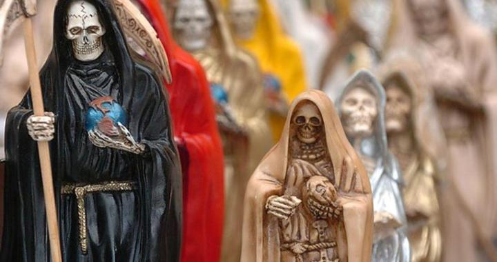 Curandero inventó que una mujer tenía «el mal de San La Muerte» y abusó de ella