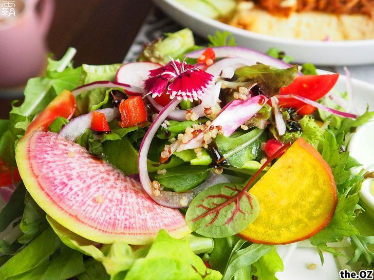 20201028200220 46 - 人氣澳式早午餐,the.OZ早午餐有機生菜配主菜,餐點美味配色鮮明真好拍!