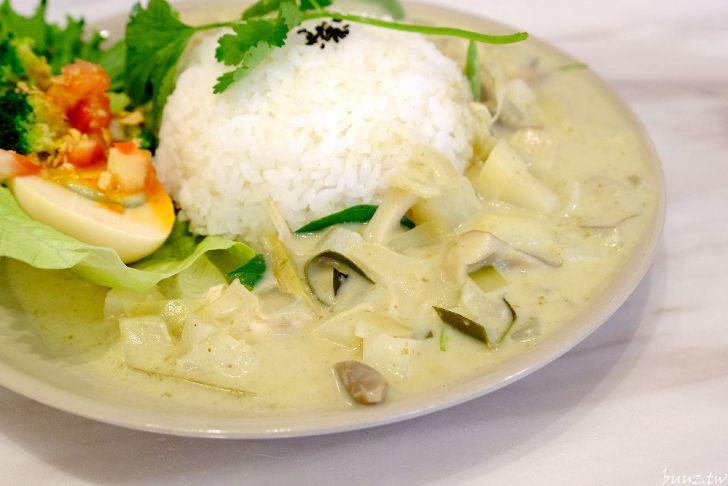 20210428193002 47 - 隱身在模範街內的泰式餐館,張波歺室,平價美味用餐時間人潮多