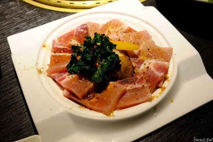 20210929185951 39 - 黑色風格燒肉店,Nikuniku 肉肉燒肉,豪華套餐品嚐極上牛小排、翼板牛小排