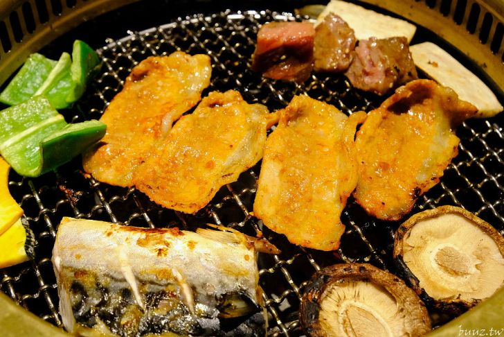 20210929190322 69 - 黑色風格燒肉店,Nikuniku 肉肉燒肉,豪華套餐品嚐極上牛小排、翼板牛小排