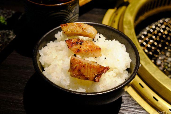 20210929190613 26 - 黑色風格燒肉店,Nikuniku 肉肉燒肉,豪華套餐品嚐極上牛小排、翼板牛小排