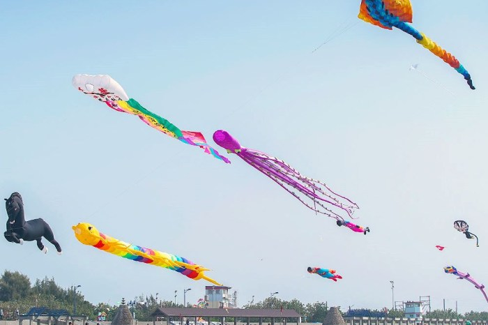 <台中大安> 大安海觀光推廣活動熱鬧登場,感受風箏衝浪魅力,特色風箏齊飛揚,共邀大安逍媽祖!