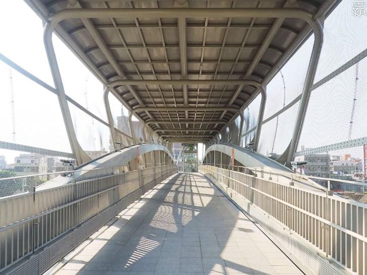 PA040062 01 - 大甲車站跨越橋啟用!新闢汽機車停車場,串聯前後站更便利!