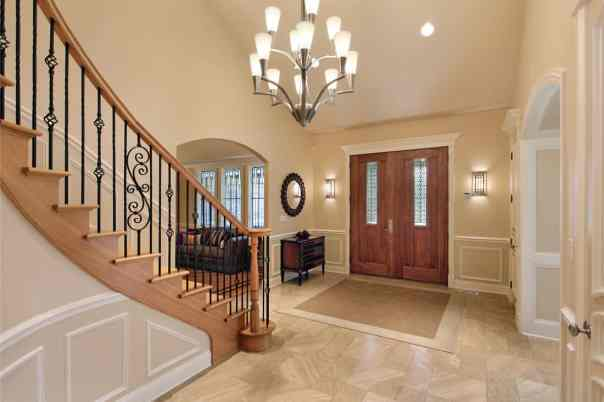 fengshui-staircase-face-the-door