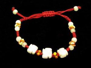 Jade Swastika Beads Bracelet1