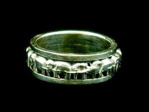 Oxidized Silver Elephant Rotating Ring1