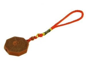 pakua_amulet_hanging_for_protection_1