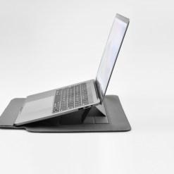 【SINEX】全球首款 3 合 1 變形筆電包 適用13/14吋筆電 (收納包+筆電架+鍵盤手托) - DSC 0045 scaled