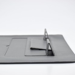 【SINEX】全球首款 3 合 1 變形筆電包 適用13/14吋筆電 (收納包+筆電架+鍵盤手托) - DSC 0071 scaled