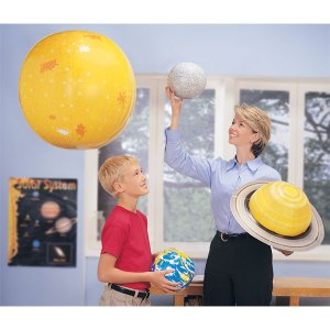 Learning Resources LER2434 - Inflatable Solar System Set