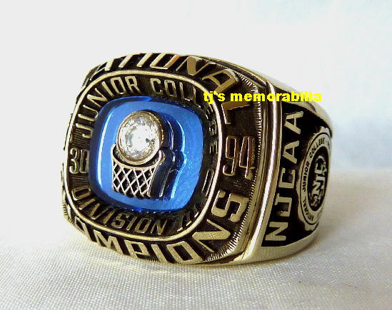 1994 GLOUCESTER COLLEGE ROAD RUNNERS NATIONAL CHAMPIONSHIP RING