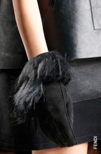 Перчатки с мехом