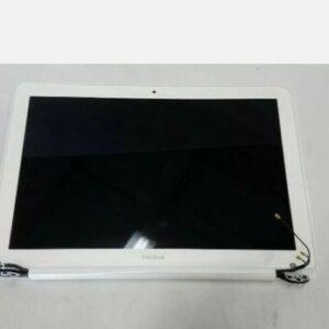 Apple Macbook Unibody A1342 13 0EM LCD Screen Complete Assembly MC207LLA2