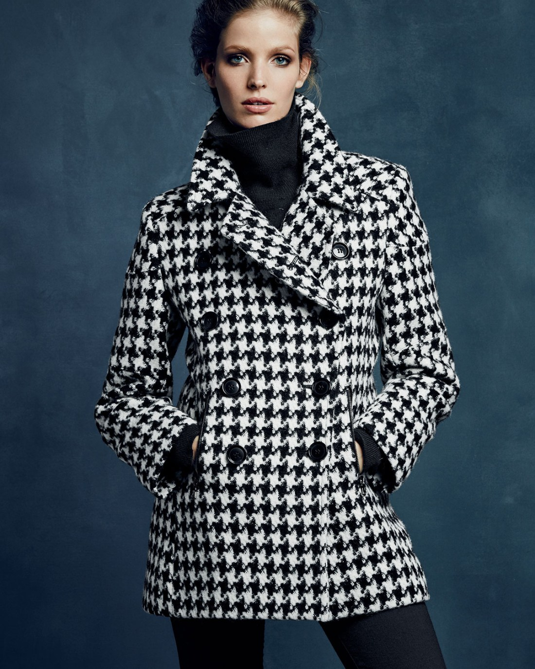 Sofia Cashmere Double-Breasted Houndstooth Peacoat