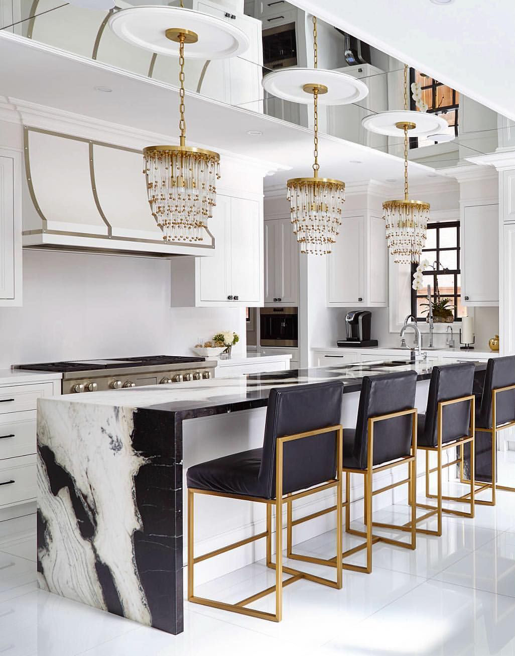 Glamorous Design Archives - BuyerSelect
