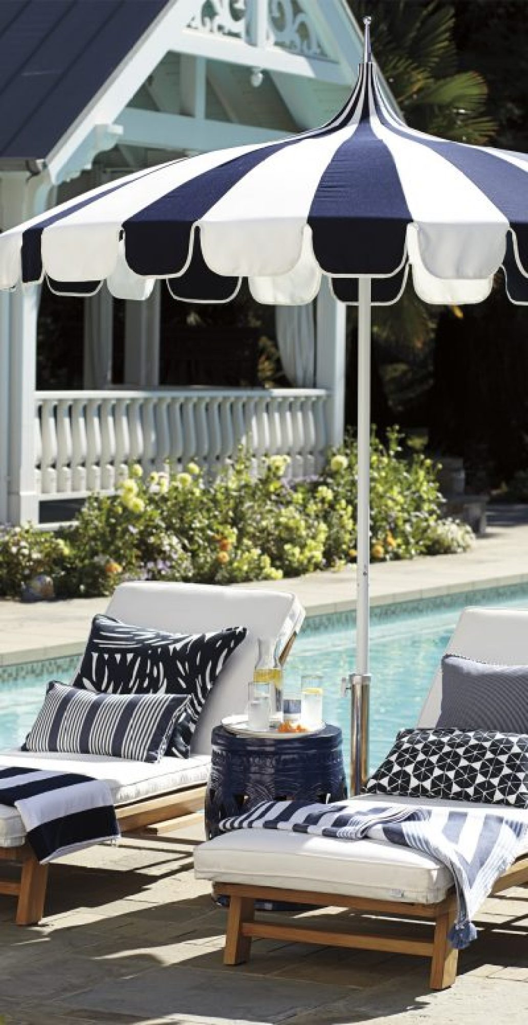 Outdoor Ideas 33 Pool Lounge Chair Ideas