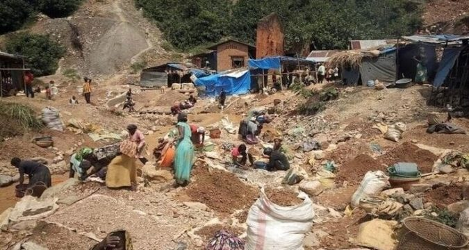 Gold mining in Congo DRC