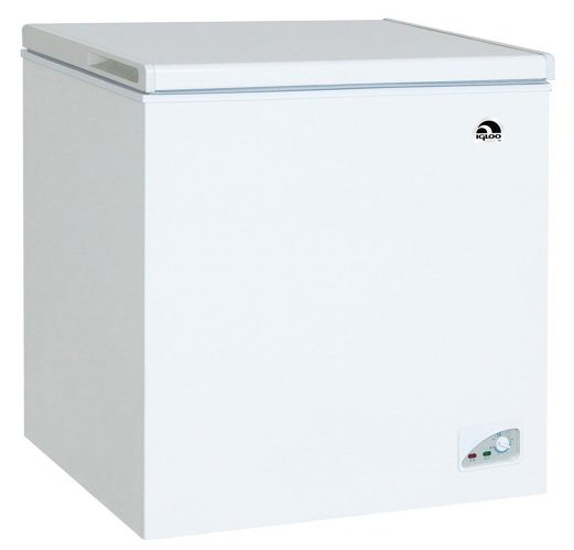 Igloo FRF472 Chest Freezer, 7.1 Cubic Feet, White - Deep Freezers