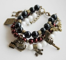 Retro Stayle Charm Bracelet
