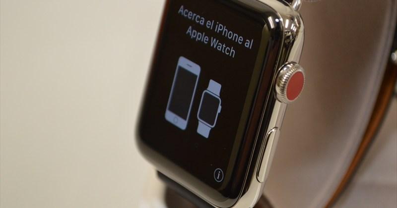 極美品 Apple Watch Hermes Series3 42mm ヴォー・スウィフト(インディゴ)シンプルトゥール (GPS+Cellularモデル)[MQMT2J/A] 買取実績