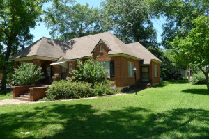 201 W. Kolstad, Palestine, TX 75801 - House For Sale