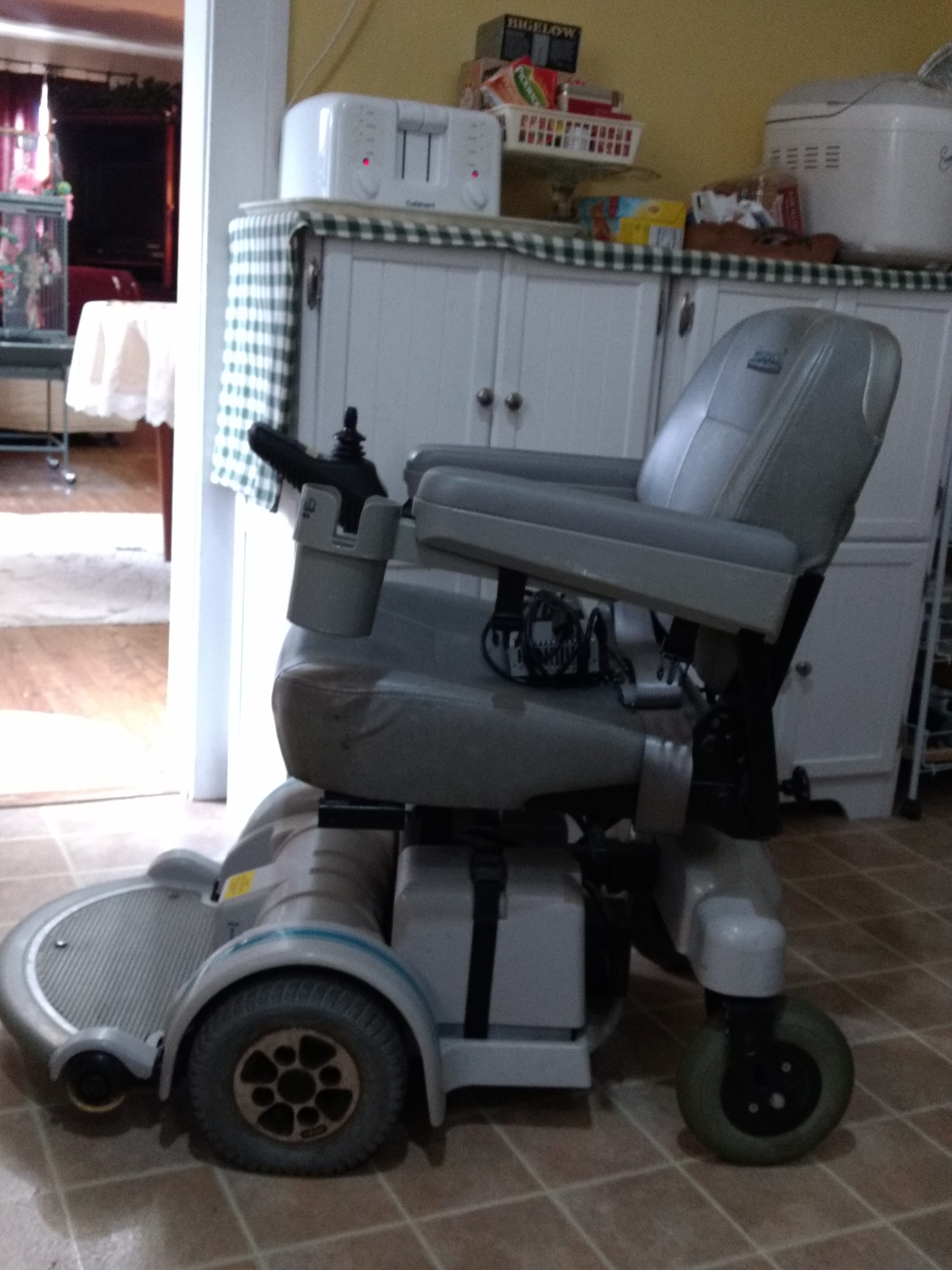 Hoveround Chair A Nearly Brand New Hoveround Buy And Sell Used Electric