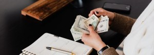 How-to-Make-Fast-and-Easy-Money-with-Investments