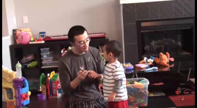 Jim Yang Teach his child