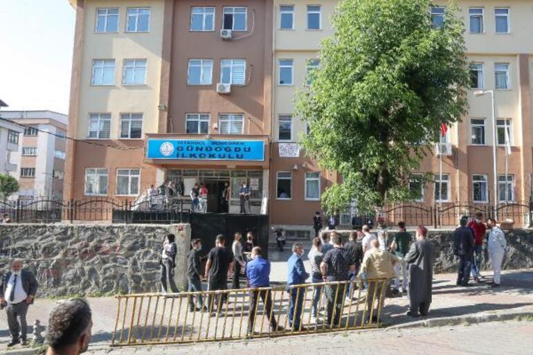 Son dakika... İstanbulda 14 mahallede seçim heyecanı başladı