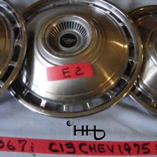 view of hubcap # c13chev1975_2