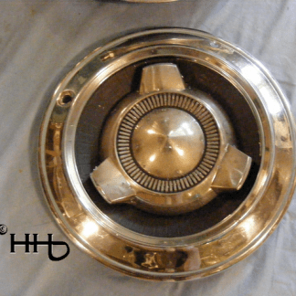 Front view of hubcap # c14chry1965_2