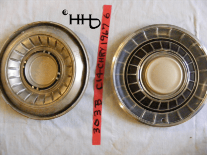 back and front of hubcap # c14chry1967_6