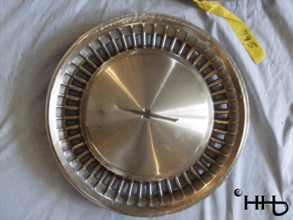 front view of hubcap # c14ford1980_5