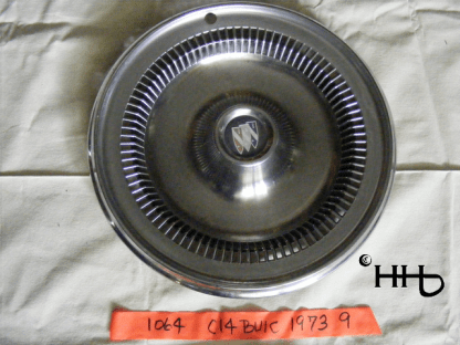Front view of hubcap # c14buic1973_9