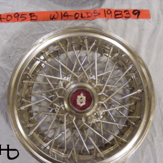 front view of hubcap # w14olds1983_9