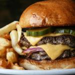 Try These 3 Cheeseburgers on Your Next Trip to Chicago