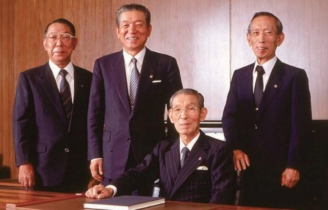 樫尾和雄氏が死去。腕時計「G-SHOCK」は12年間販売不振。米国から販売する決断をしブームを引き寄せた樫尾和雄こそ「G-SHOCK」を売った男。