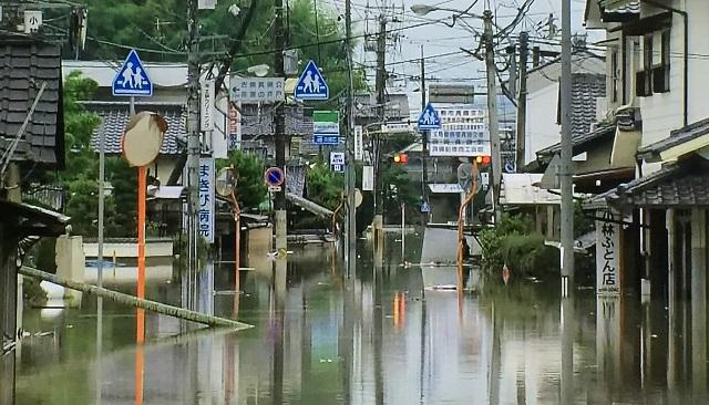 高梁川【支流】のはずの小田川が越水破堤した原因は?線状降水帯による集中豪雨で倉敷市真備町も飲み込んだ平成30年7月豪雨。堤防決壊のハザードマップは要確認。