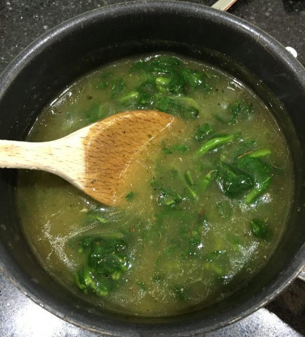 Buzymum - Chicken stock with frozen spinach