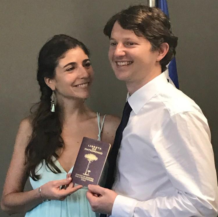 Buzymum - Martin & Pia, after the civil ceremony