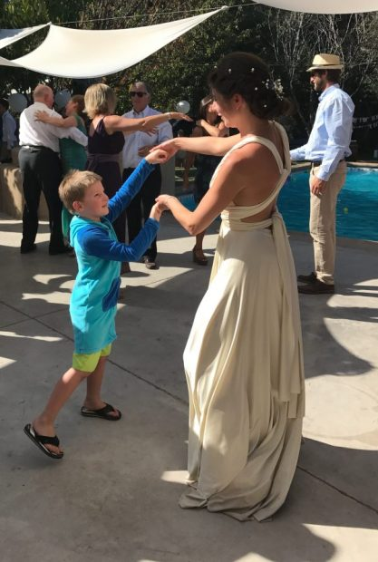 Buzymum - The bride dancing with The Boy
