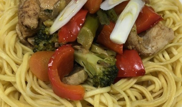 Buzymum - Chinese chicken, veggie noodles
