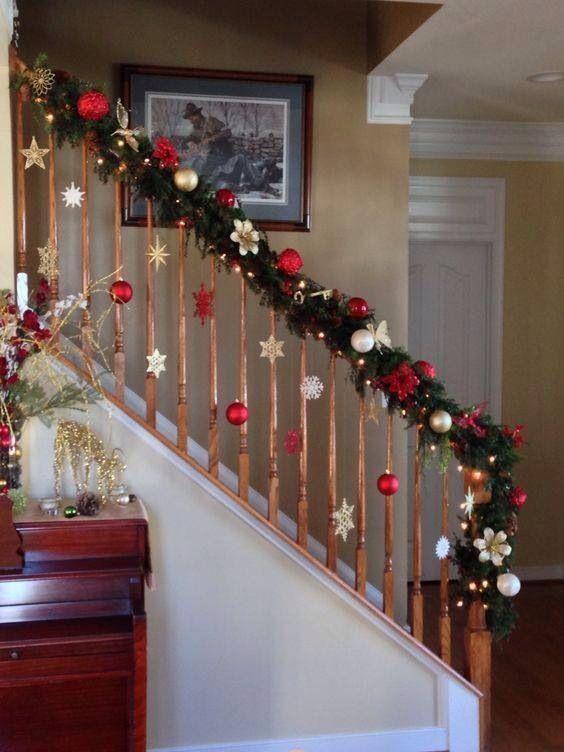 Christmas decor stairs