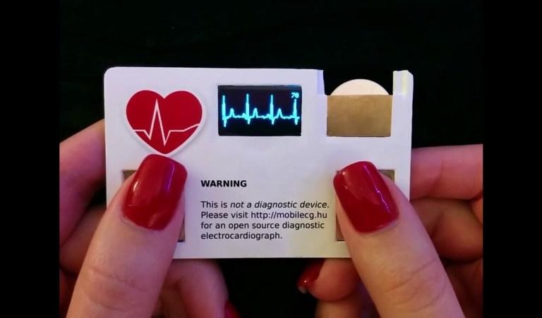 mobilECG Firmasından İlgiç Bir Ürün :  Business Card toy ECG